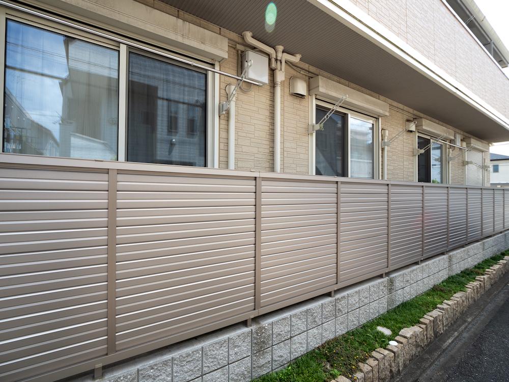 日本のアパート 外観