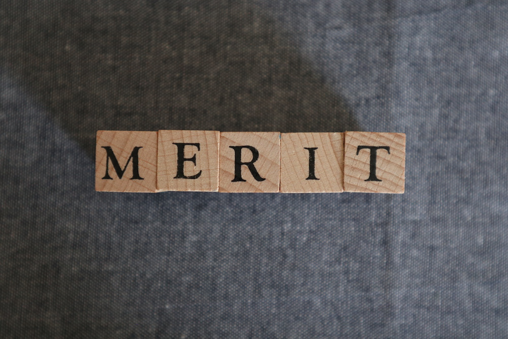 アルファベット文字のブロック メリット
