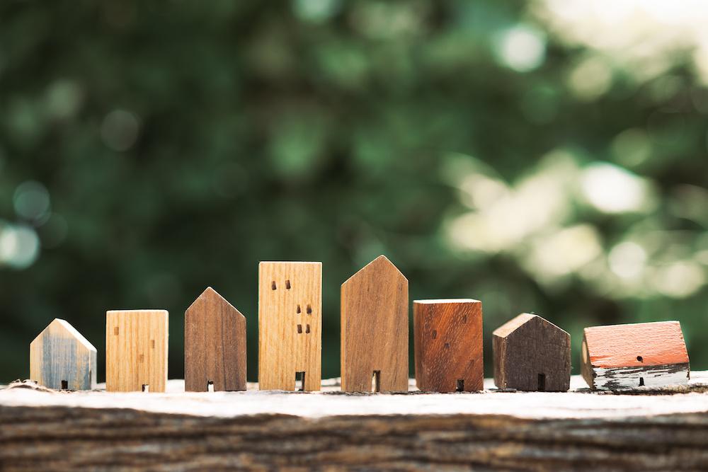 家の模型 木